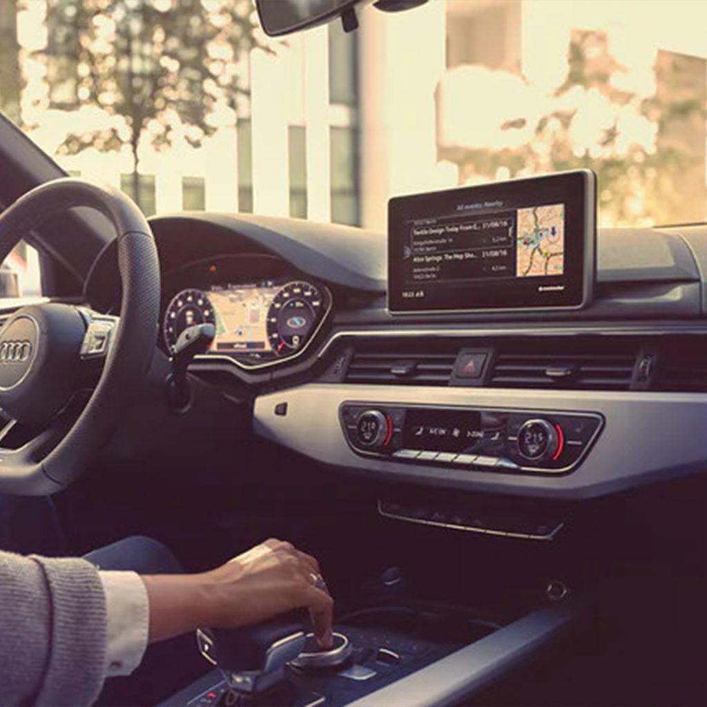 Verbonden <br> met jouw Audi